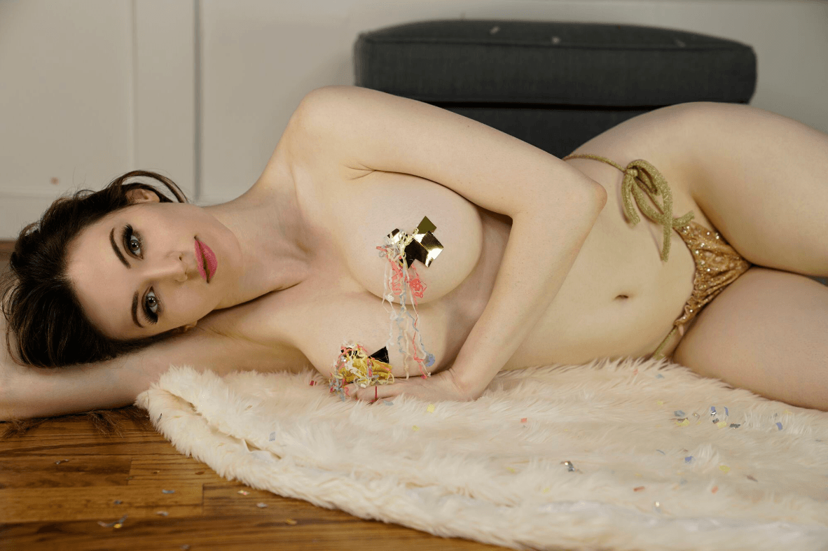 Amouranth Nude