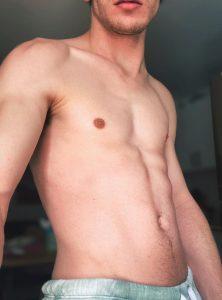 Camsrating Edward Terrant topless